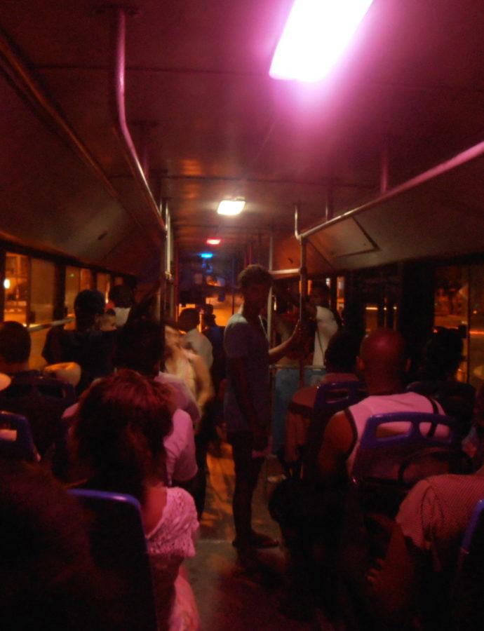 Transporte por Omnibus y Precios de Taxis