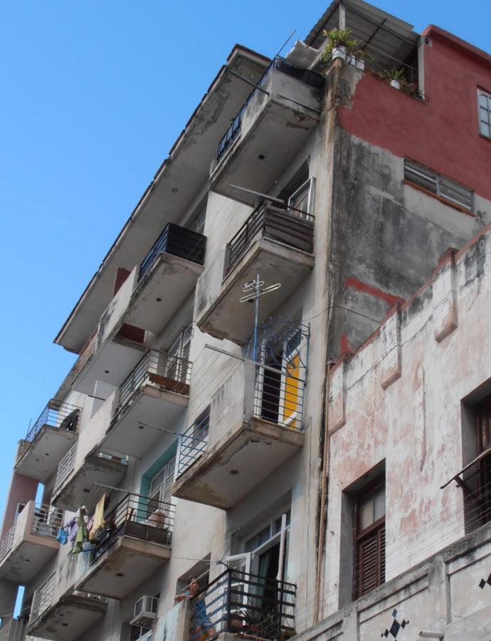 Impuesto por compra-venta de viviendas