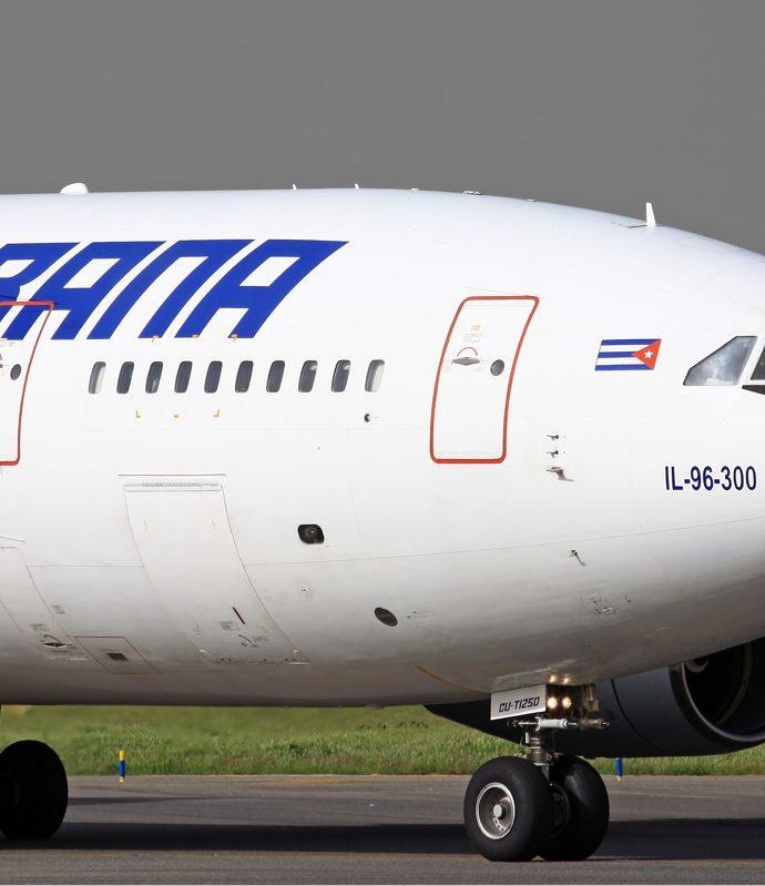Aviones IL-96